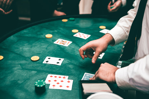 Choose the best web site to play poker
