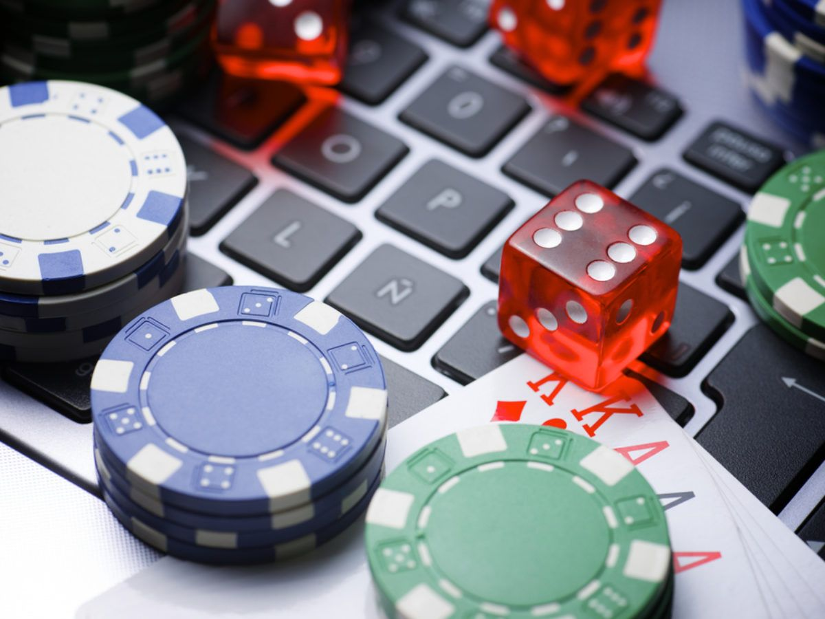 LigaZ888 is an online casino agent that offers hundreds of slots