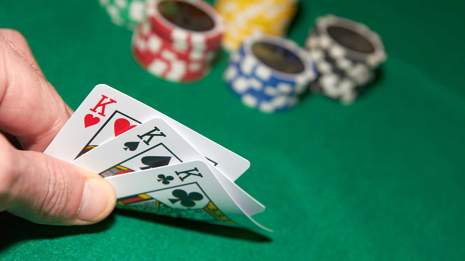 What You Must Know Concerning Poker Online